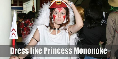 The costume of Princess Mononoke is a very fairy and sprite-like costume that is wonderful to cosplay.