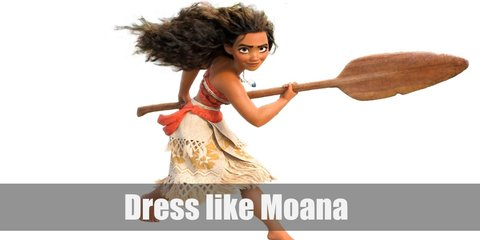 Moana is a standout from the crowd, and her outfit shows that as well. She wears a bright orange bandeau top, a hula skirt underneath layers of linen skirts tied around her waist. She also wears the necklace that the ocean gave her around her neck.