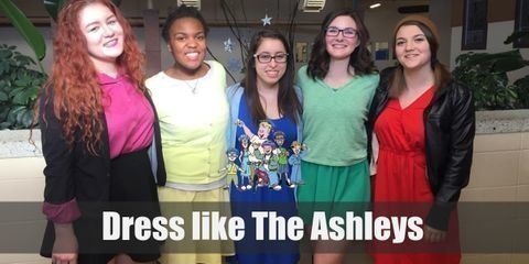 The Ashleys have a very sophisticated and preppy style. Here's everything you need to look like The Ashleys