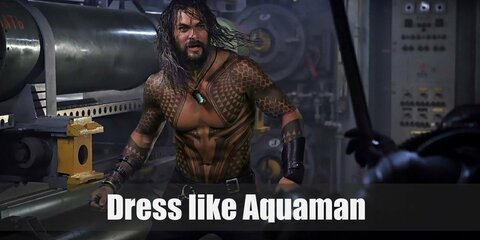 Aquaman, the King of the Seas costume is long wavy hair, upper body Maori tattoos, and tight black pants. Here's everything you need to look like Aquaman.