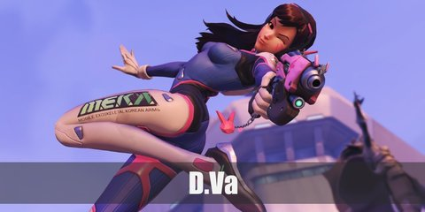D.VA costume is composed of a blue top with tights. Wear ankle boots and her signature headphones, too.