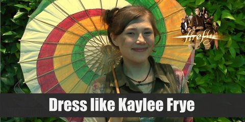 Kaylee Frye costume is bright long sleeve t-shirt, with jumpsuit, and a silk parasol as prop