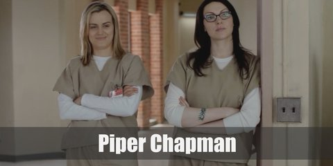 Piper Chapman costume is a grey shirt under the khaki scrub and has blonde hair.
